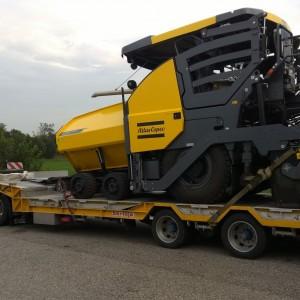 trasporto-asfaltatrici-fratelli-pulvini